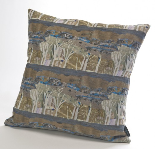 UN01 Bath Landscape linen cushion