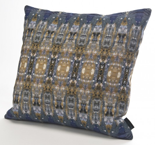 UN03 Bath Deco Night linen cushion