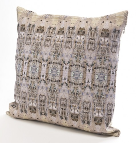 UN04 Bath Deco Stone linen cushion